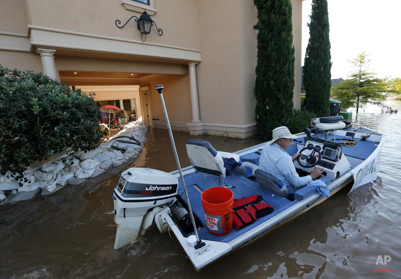 APTOPIX Red River Flooding