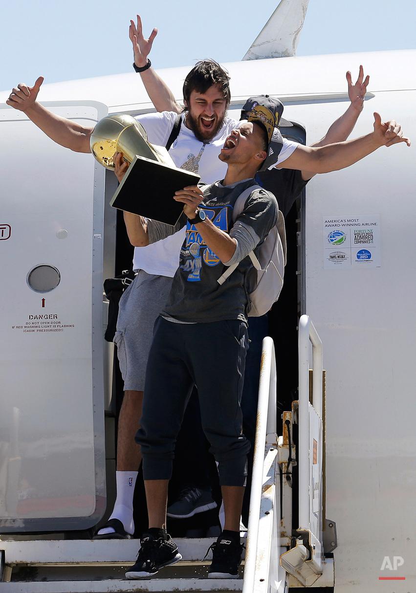 APTOPIX Warriors Return Basketball