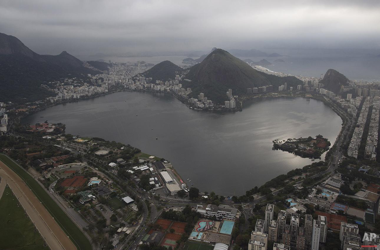 APTOPIX Brazil Filthy Water