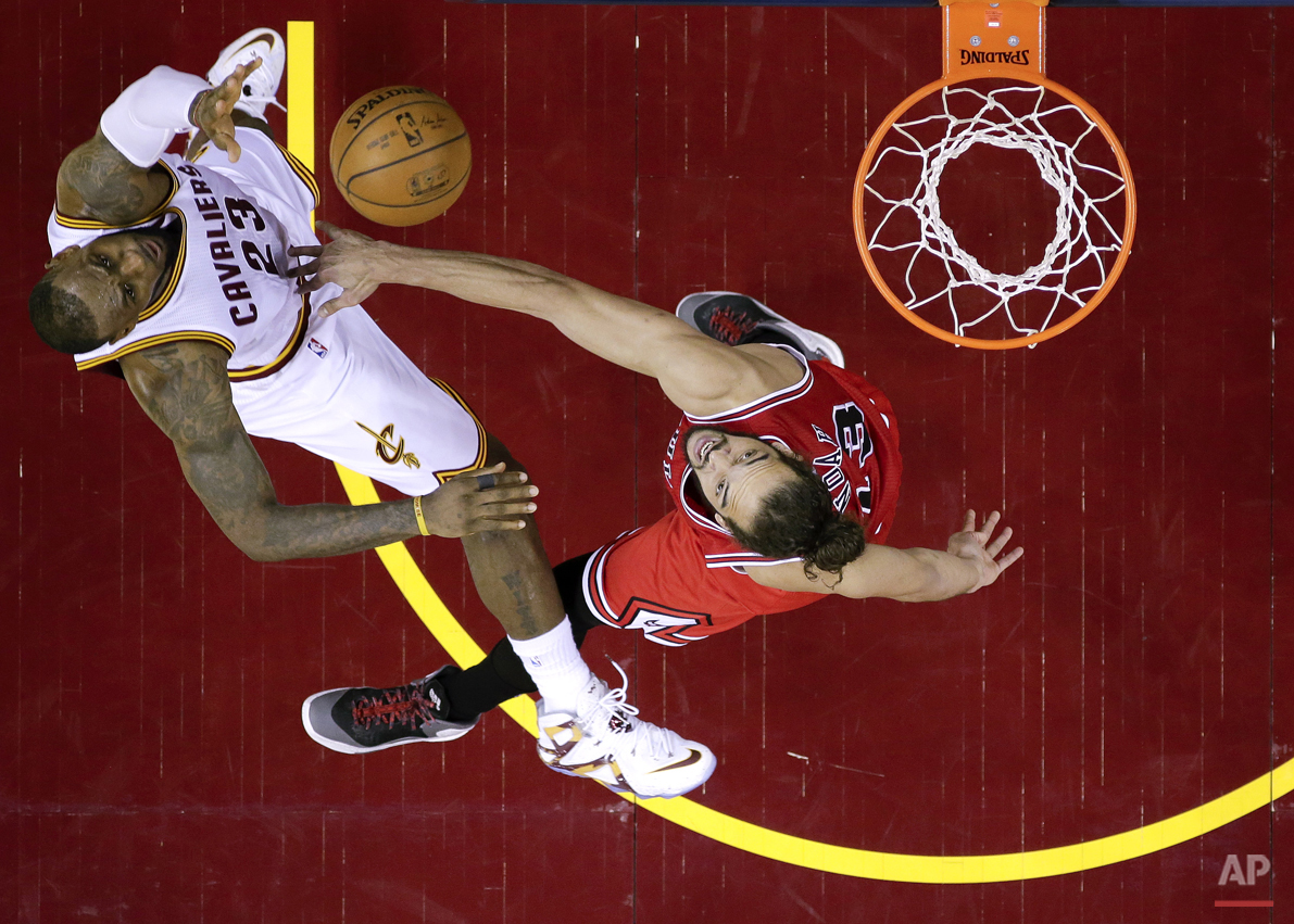 APTOPIX Bulls Cavaliers Basketball