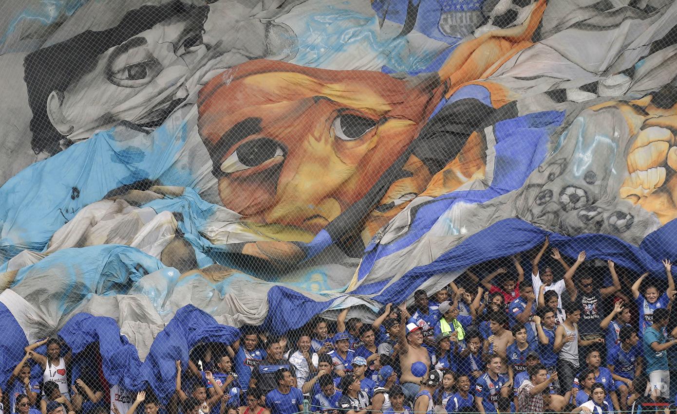 APTOPIX Ecuador Chile Soccer Copa Libertadores