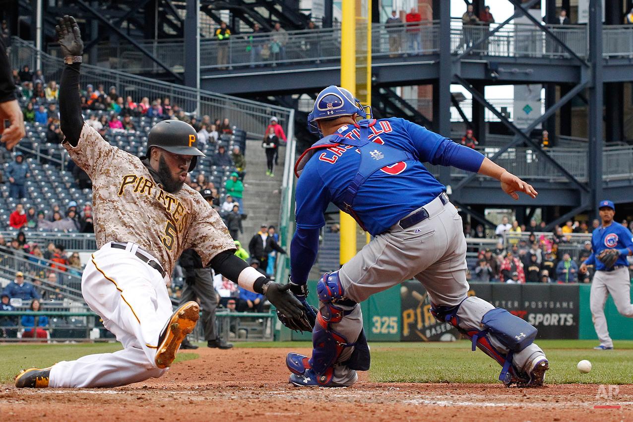 APTOPIX Cubs Pirates Baseball