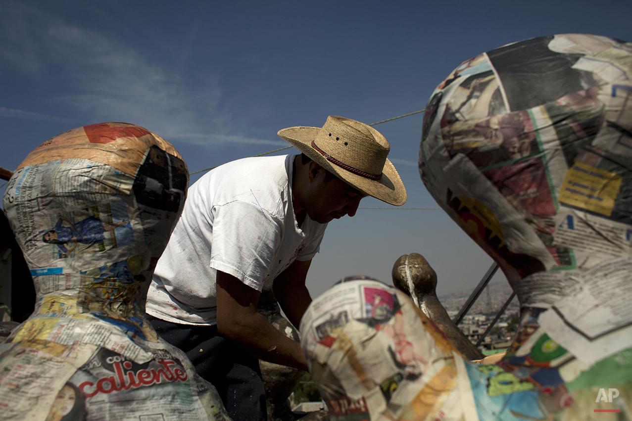 Mexico Pinatas Photo Essay