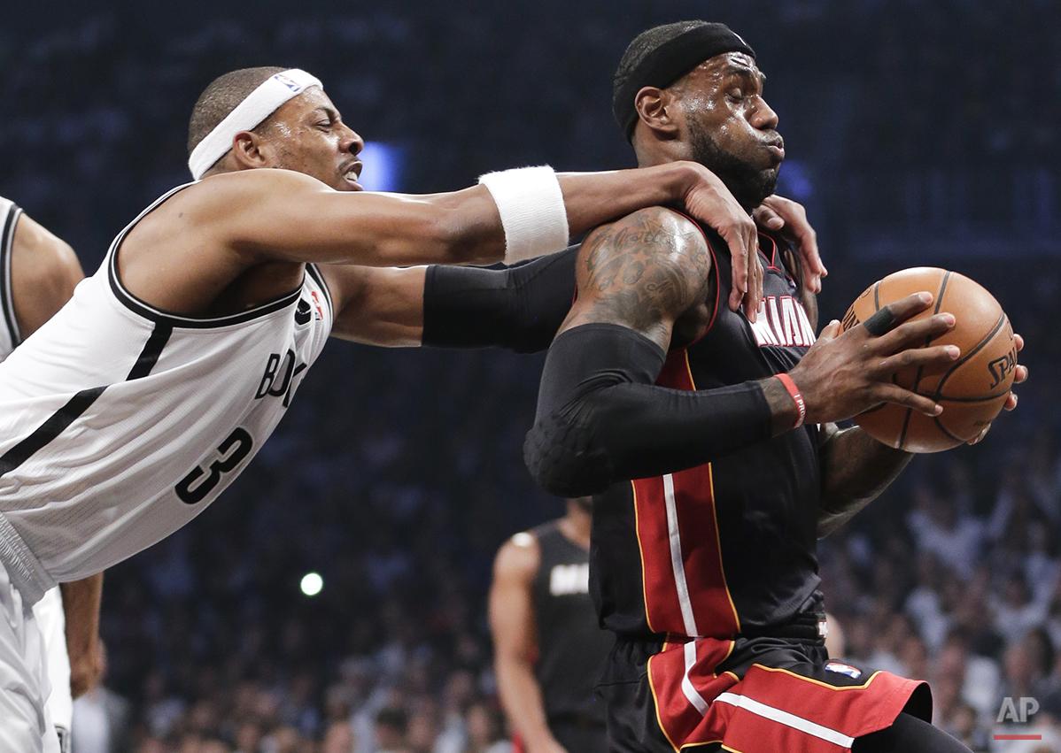 YE Heat Nets Basketball