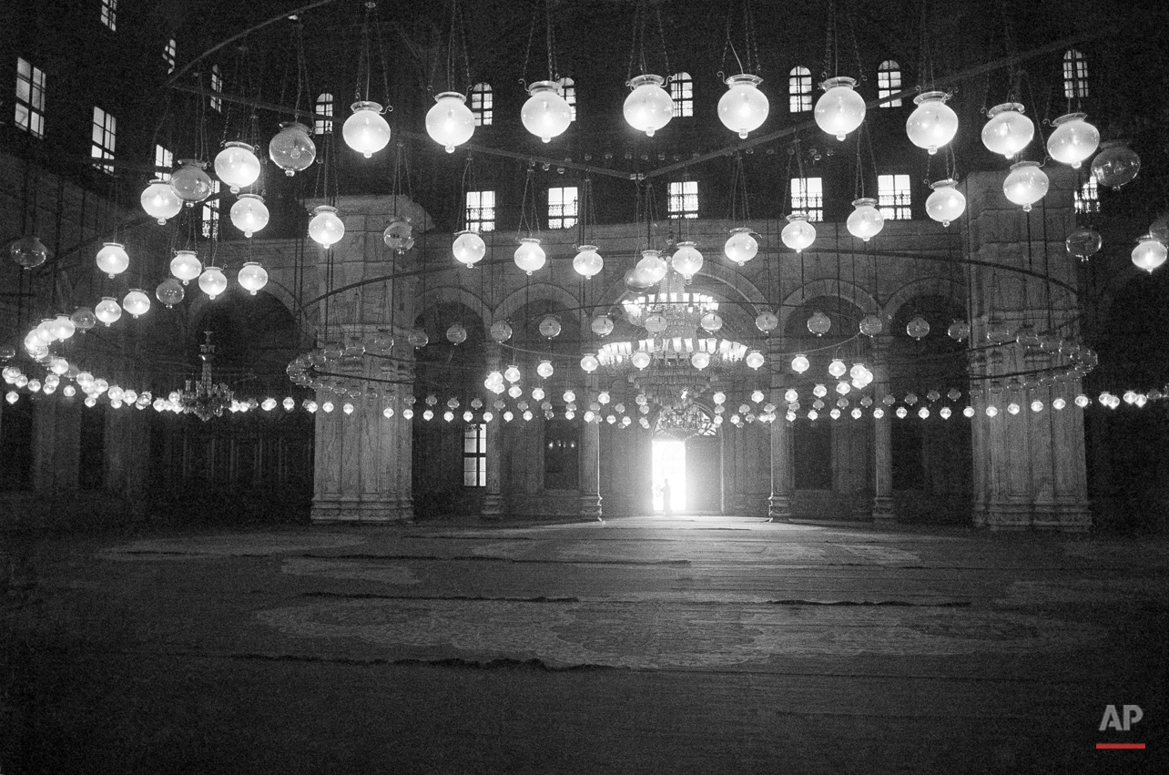 Lights inside the Mohammed Ali Mosque inside the Citadel in Cairo, Egypt in 1977. (AP Photo/Horst Faas)
