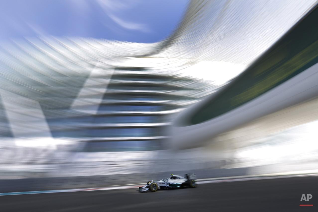 APTOPIX Mideast Emirates F1 GP Auto Racing