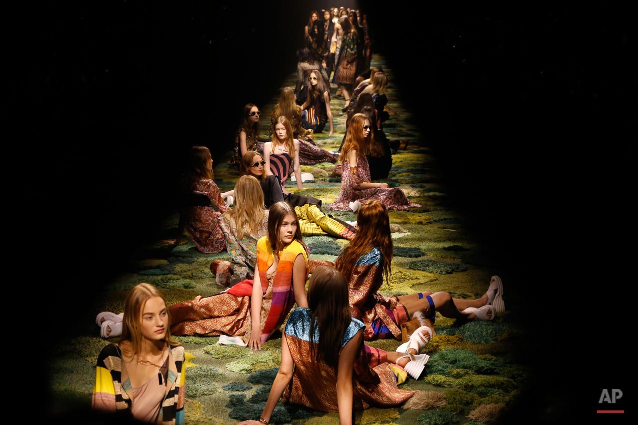APTOPIX Paris Fashion Week Dries van Noten