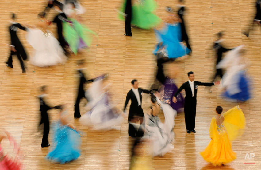 Contestants perform at the Japan International 2011 Dancing Championships in Tokyo, Sunday, June 12, 2011.(AP Photo/Itsuo Inouye)