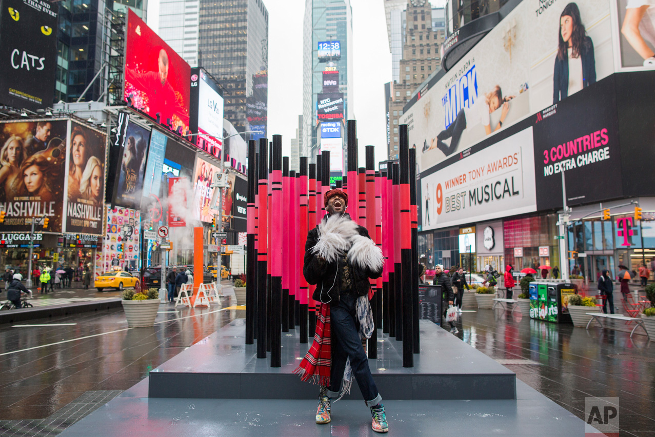 Times Square Valentine Immigration