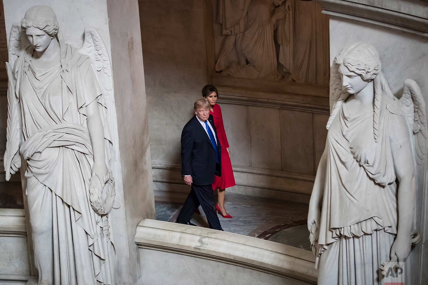 U.S President Donald Trump and first lady Melania Trump tour Napoleon's Tomb at Les Invalides museum in Paris, Thursday, July 13 2017. (Ian Langsdon/Pool via AP)