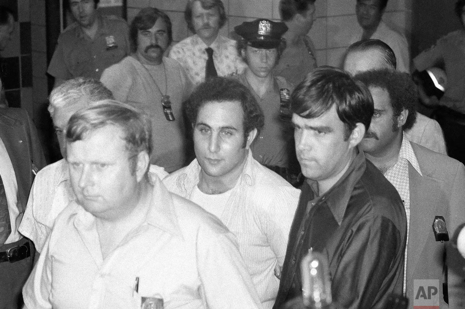 David Berkowitz arrives at Brooklyn Courthouse in New York, Aug. 11, 1977. (AP Photo)