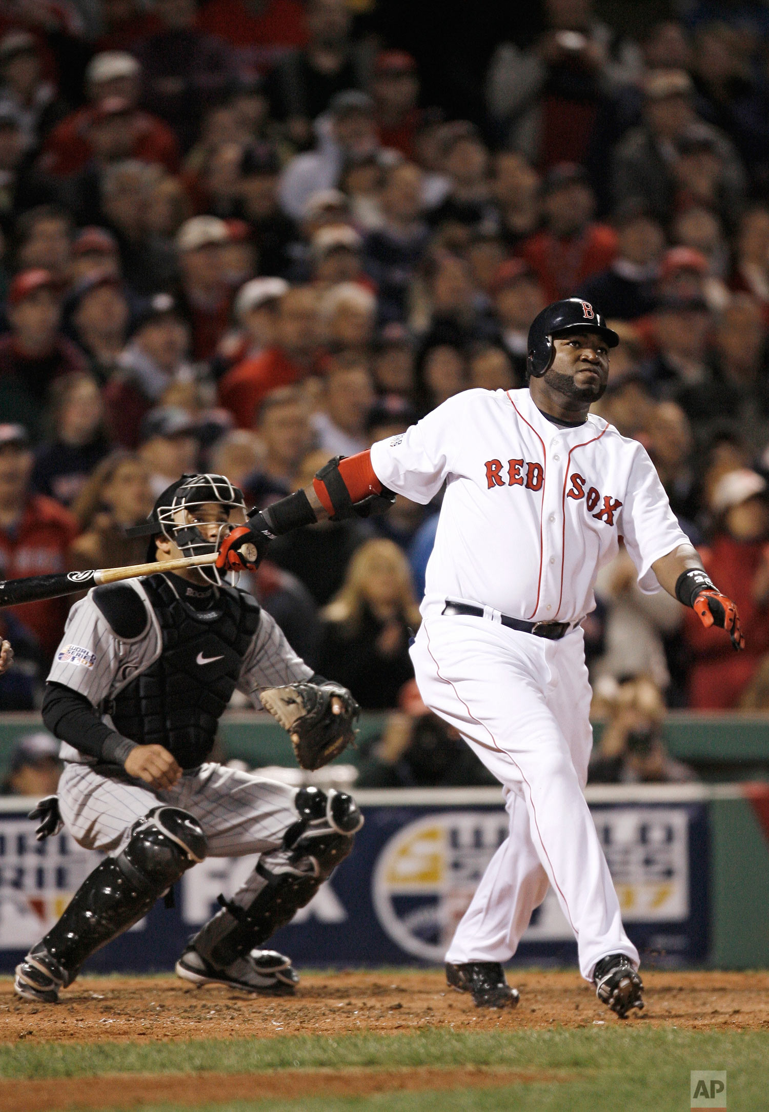 Boston Red Sox designated hitter David Ortiz up at bat in Game 2 of the baseball World Series Thursday, Oct. 25, 2007, at Fenway Park in Boston. (AP Photo/Winslow Townson)