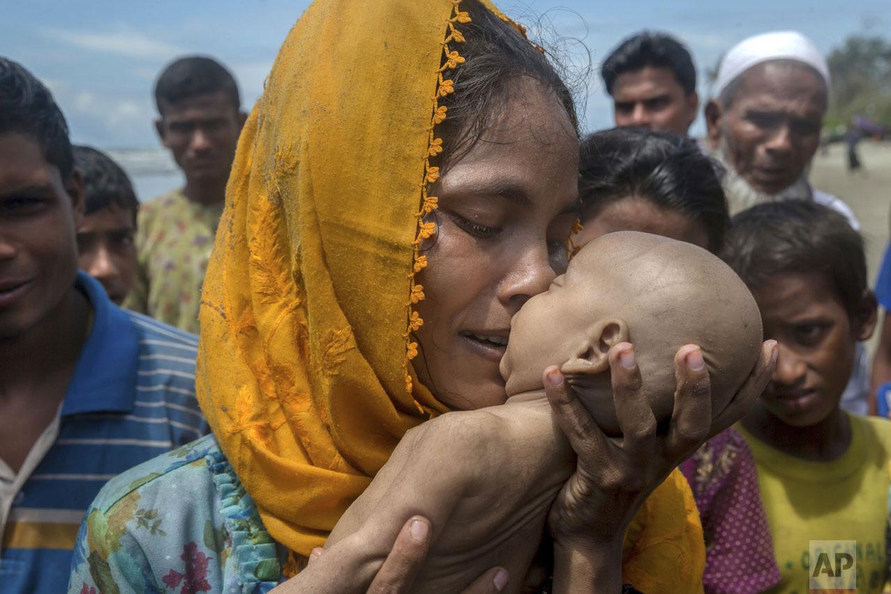 Rohingya Fleeing Violence