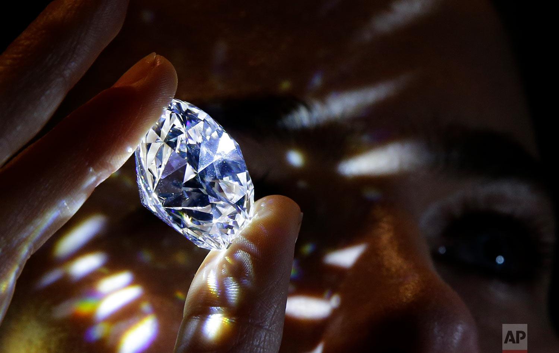 Britain Diamond Sale