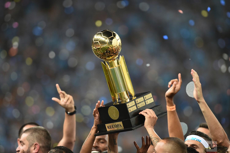 Brazil Argentina Soccer Recopa Sudamericana
