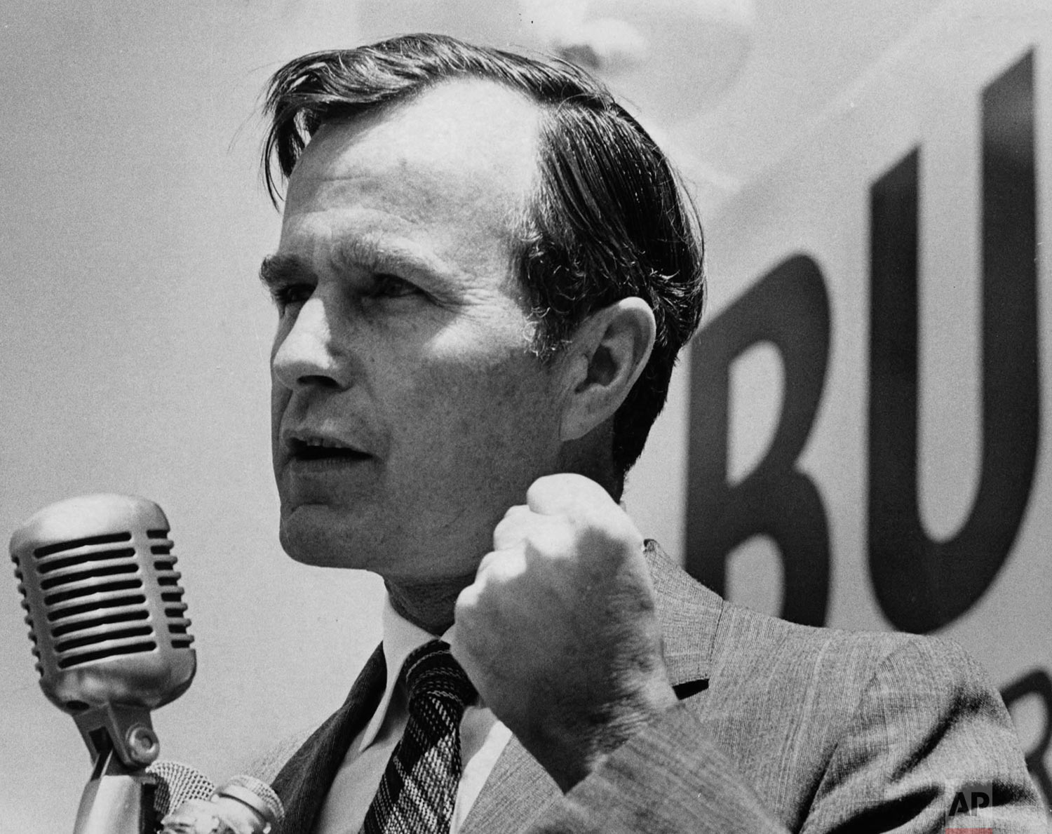 George H.W. Bush speaks at the opening of his Harris County campaign headquarters as he campaigns for in the U.S. Senate Race, April 2, 1970 in Texas. (Sam C. Pierson Jr./Houston Chronicle via AP)