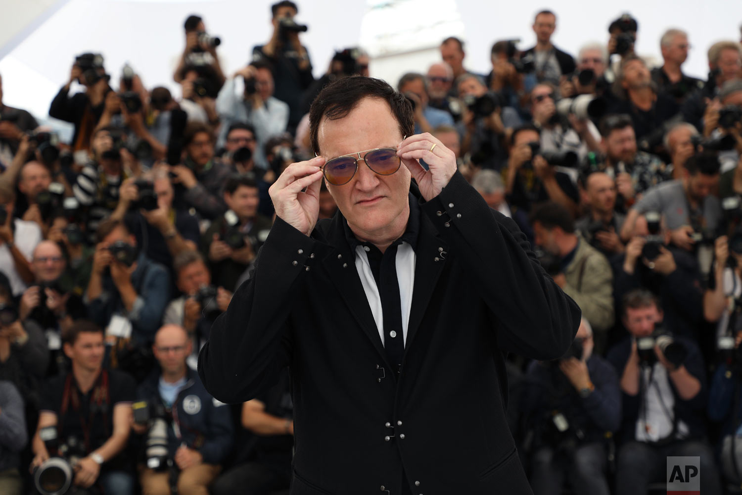 Director Quentin Tarantino poses for photographers at the photo call for the film 'Once Upon a Time in Hollywood' at the 72nd international film festival, Cannes, southern France, May 22, 2019. (Photo by Vianney Le Caer/Invision/AP)