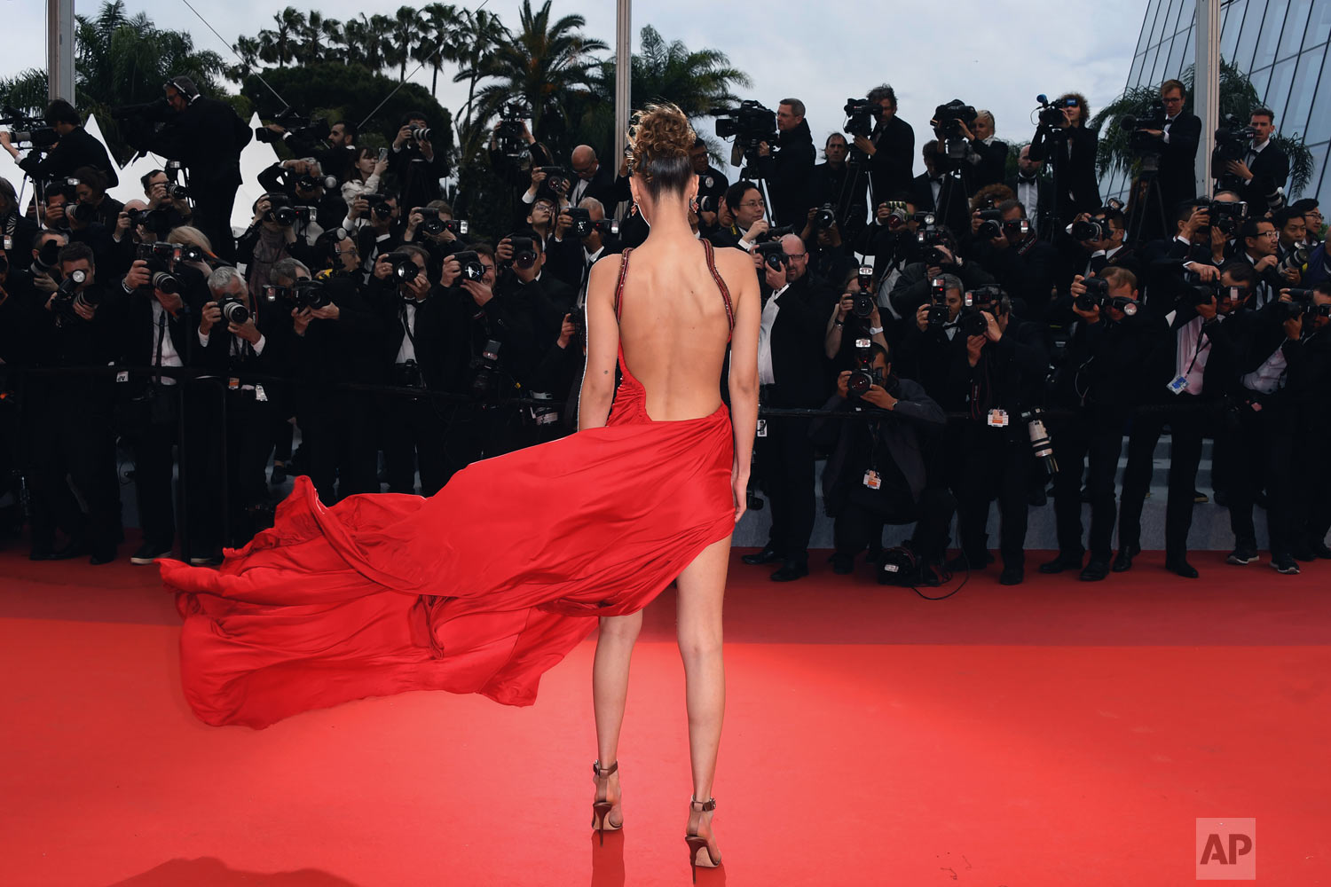 Model Bella Hadid poses for photographers at the photo call for the film 'Pain and Glory' at the 72nd international film festival, Cannes, southern France, May 17, 2019. (Photo by Arthur Mola/Invision/AP)