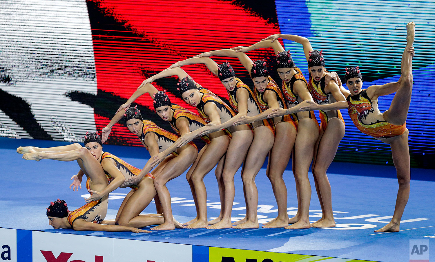 Italy compete in the highlight team final at the World Swimming Championships in Gwangju, South Korea, Monday, July 15, 2019. (AP Photo/Mark Baker)
