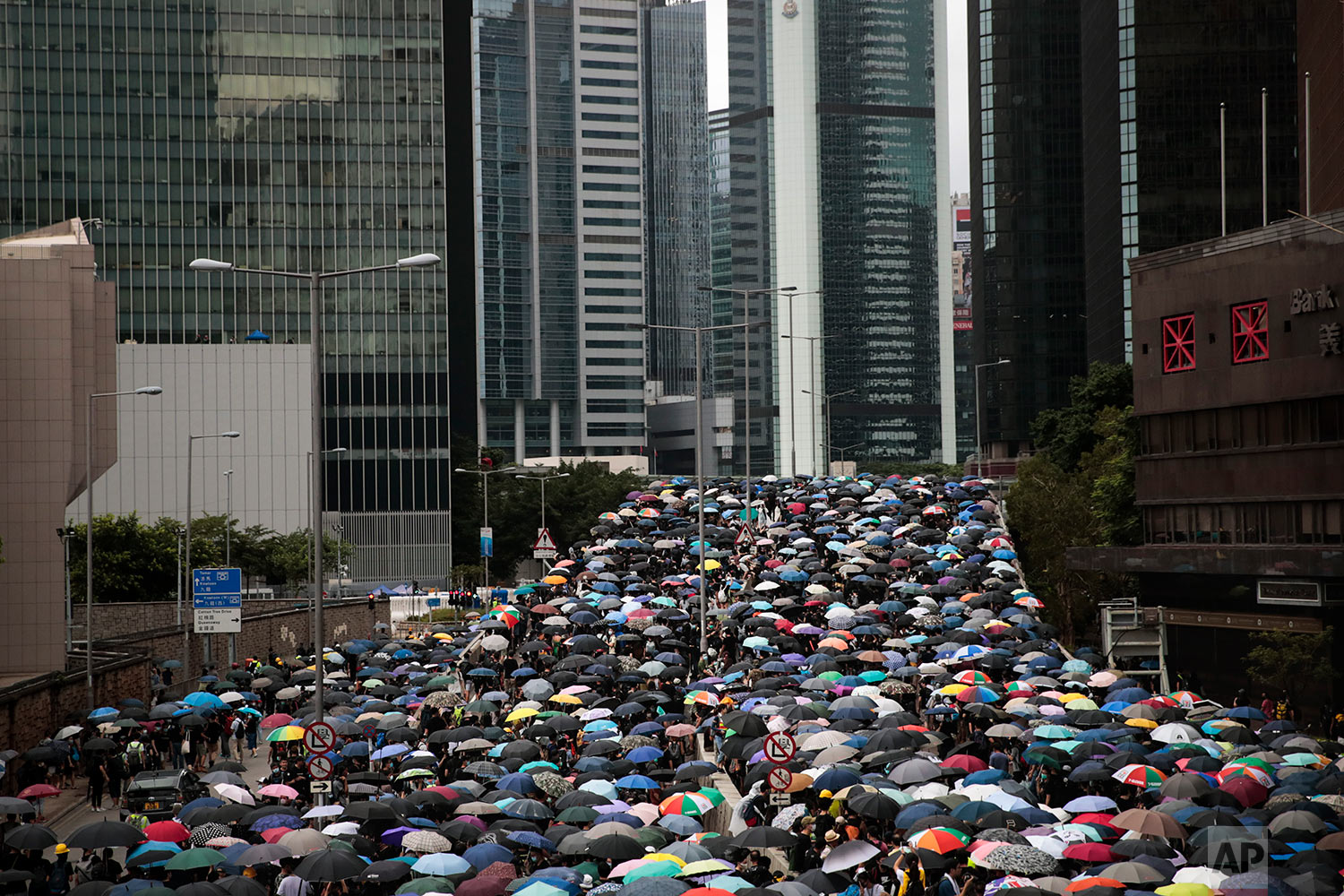 Pro-democracy protesters march in central Hong Kong, Aug. 31, 2019. (AP Photo/Jae C. Hong)
