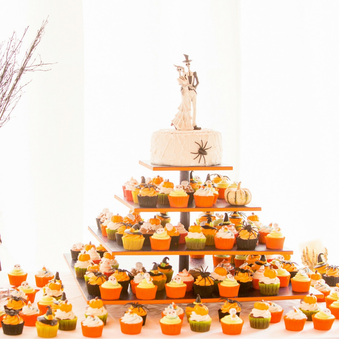 Cupcake Display Wedding Dessert Nieto Photography.jpg