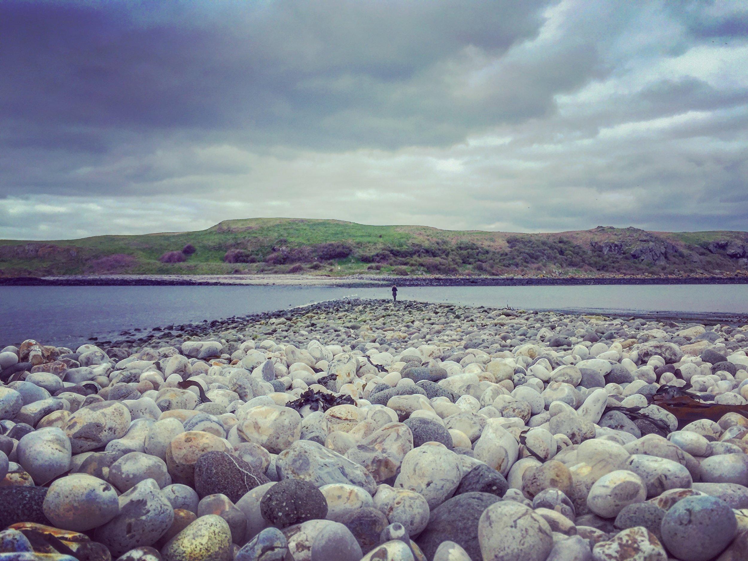 pebble_beach_panoramic_muck_island_portmuck_harbour_islandmagee_antrim_roadtrip_coast_ni_explorer_niexplorer_northern_ireland_blog.jpg