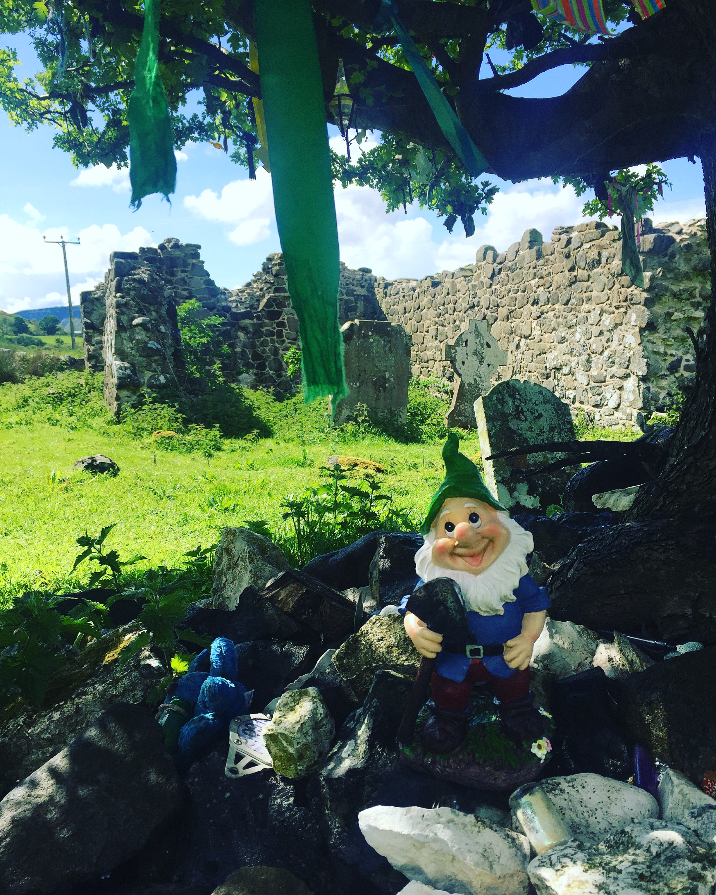 gnome_ardclinis_church_ruins_fairy_tree_thorn_roadtrip_causeway_antrim_coast_ni_explorer_niexplorer_northern_ireland_blog.jpg