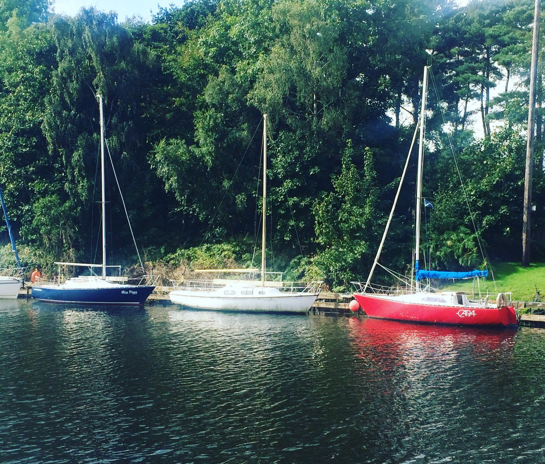 boats_antrim_castle_walled_garden_lough_neagh_northern_ireland_ni_explorer_niexplorer (1)