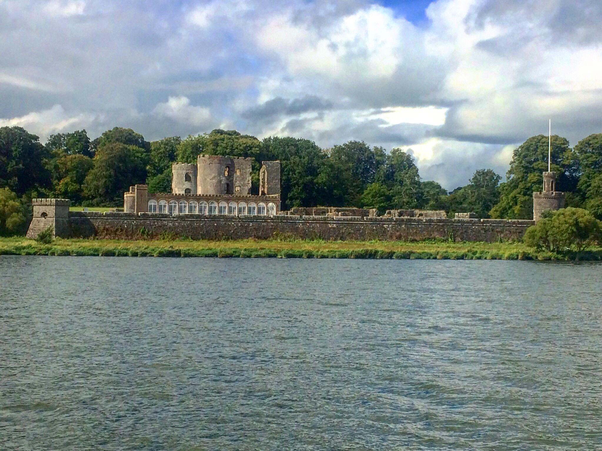 shanes_castle_view_boats_antrim_castle_walled_garden_lough_neagh_northern_ireland_ni_explorer_niexplorer (1)