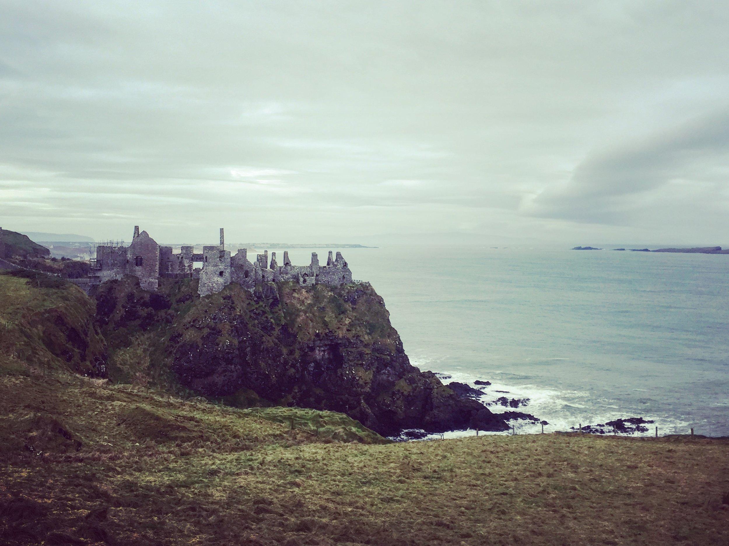 portrush_giants_causeway_niexplorer_niexplorer_northern_ireland_travel_culture_blog