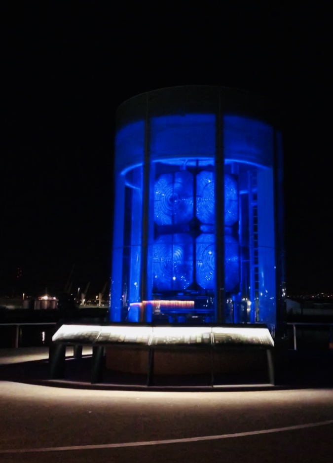 great_light_titanic_walkway_belfast_ni_explorer_northern_ireland