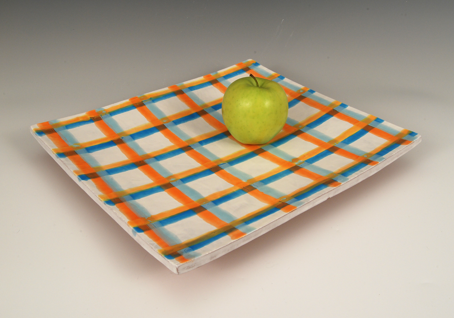 Four_Color_Grid_1_w_apple.jpg