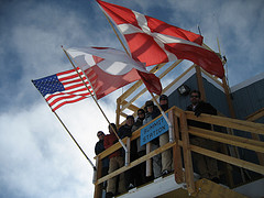 Fair weather keeps the Summit staff (and the scientists they support) happy. Photo courtesy Mark Begnaud.