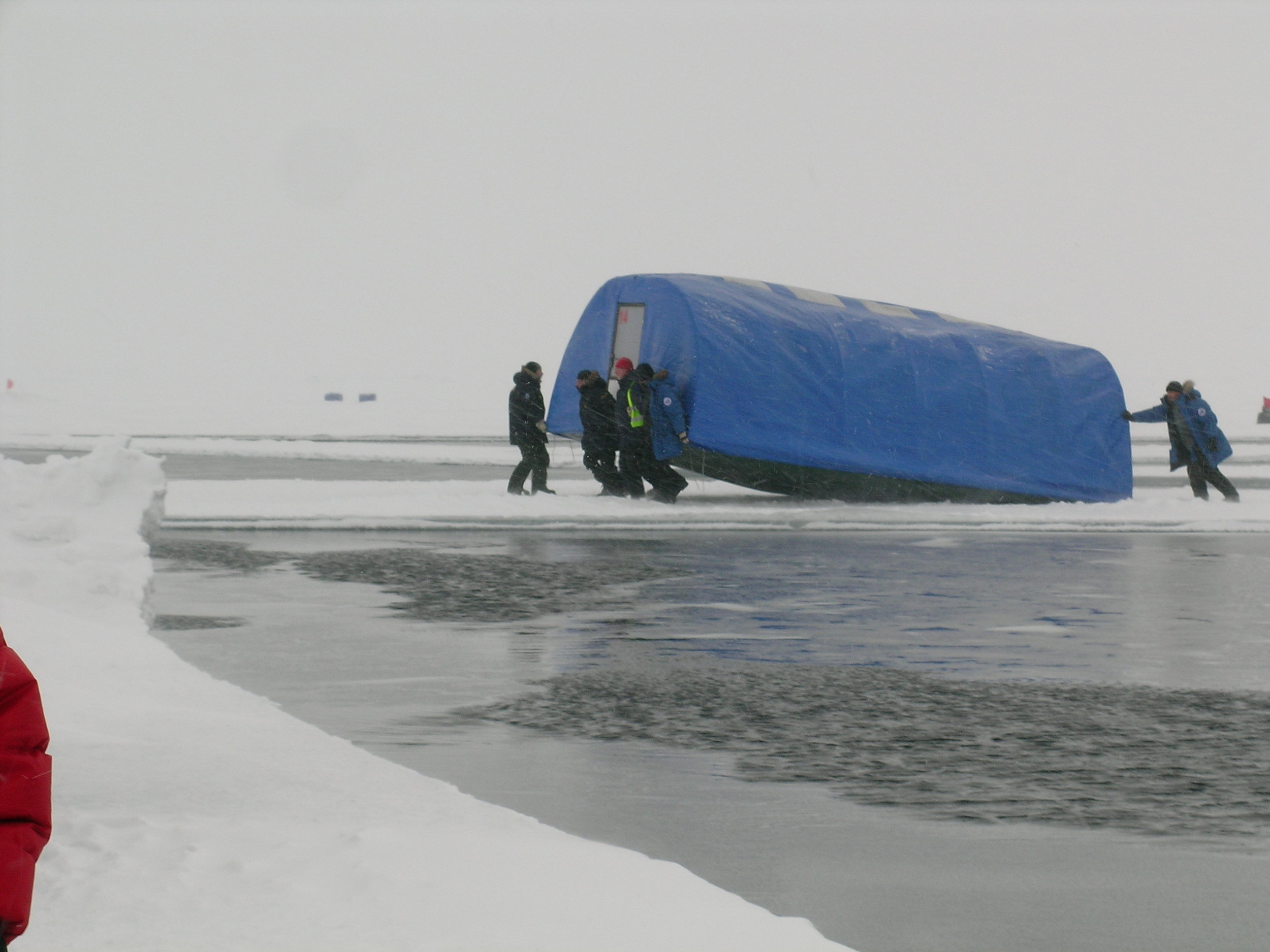 Arctic House Moving