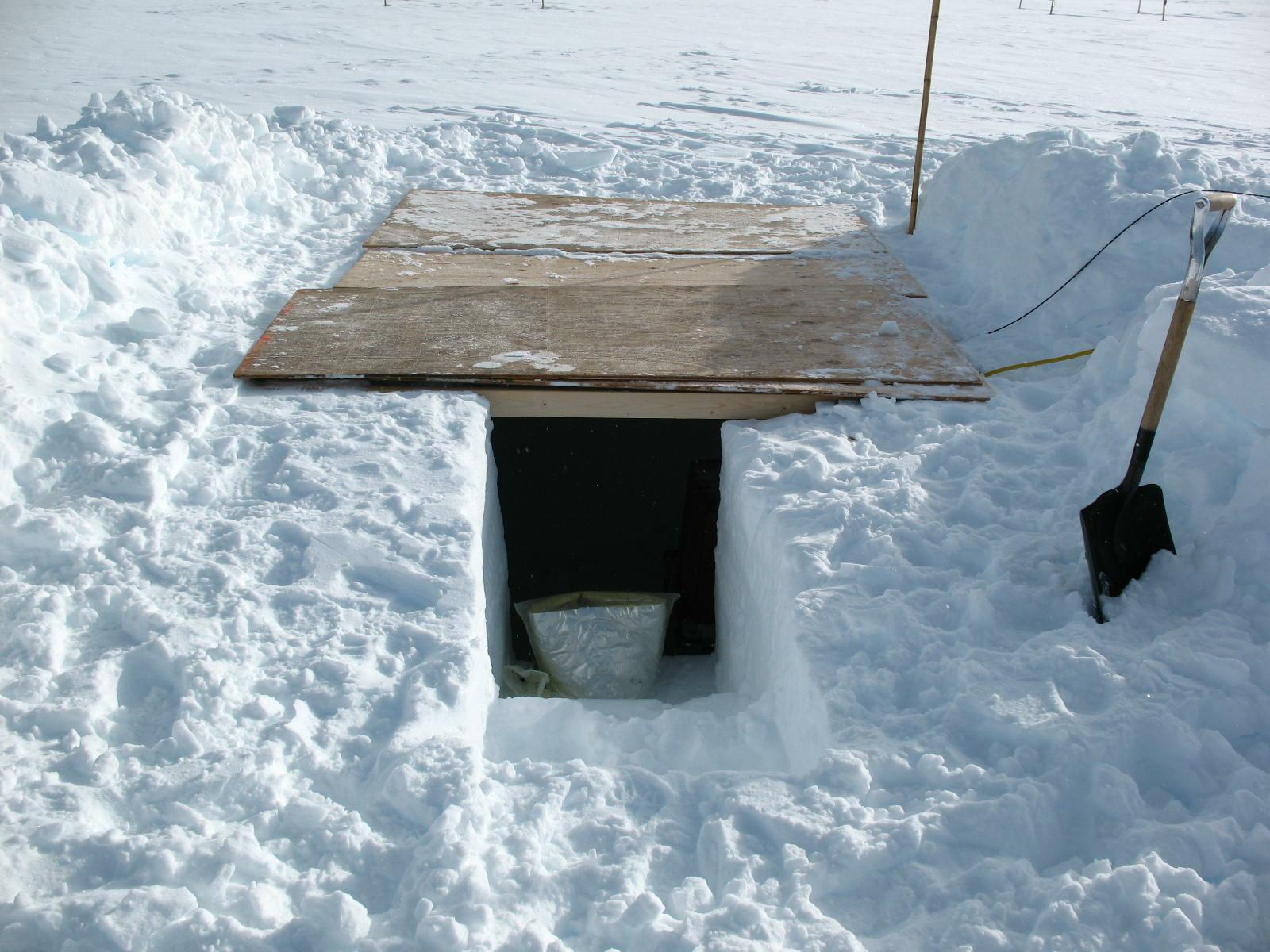 The seismometer vault has to be renewed every two years to keep it accessible. Its size is about 2x2 m and it is initially covered by maybe 50 cm of snow. Two years later the entrance can lay in 4 m depth. All images courtesy of Winfried Hanka