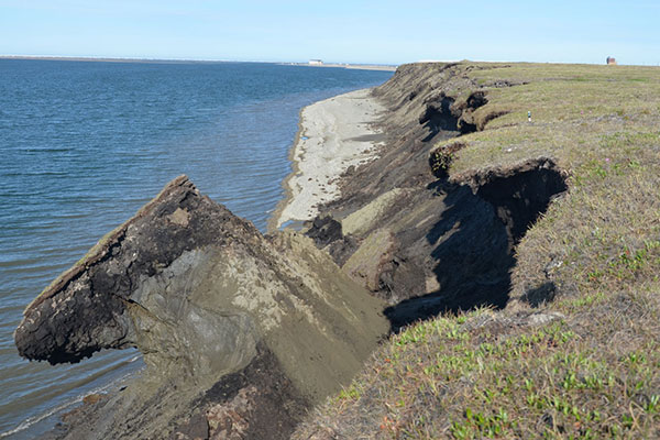 The remote northern Alaska coast has some of the highest shoreline-erosion rates in the nation. Photo USGS (Click here for the page hosting the photo.)