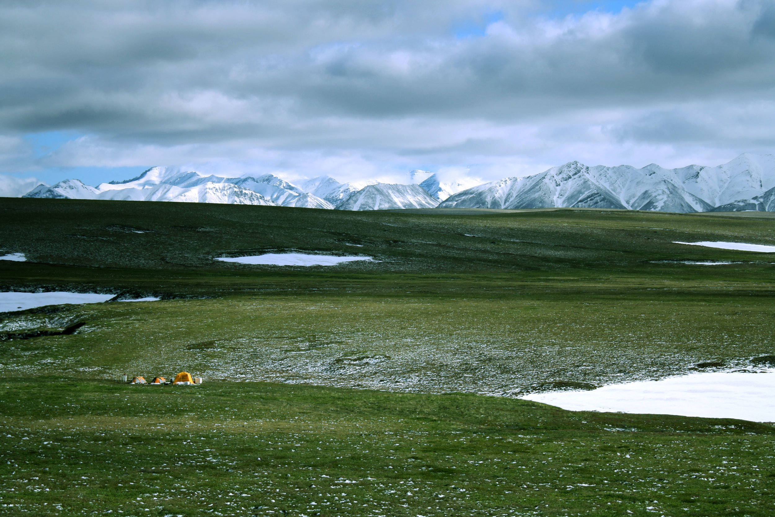 The research team's remote field camp above Iminus Lake in Arctic Alaska. Photo: Mark Urban