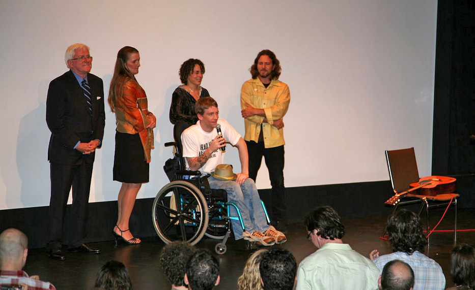 Phil Donahue, Cathy Smith (Tomas' mom), Tomas Young, Ellen Spiro and Eddie Vedder at the Toronto Int'l Film Festival