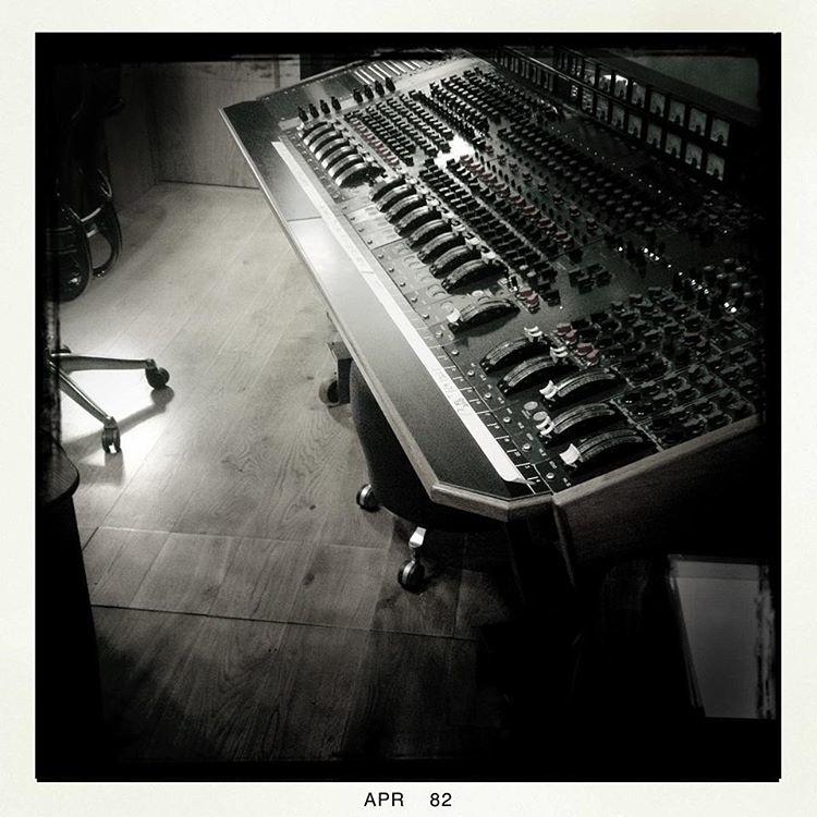 EMI Band on the Run console.jpg