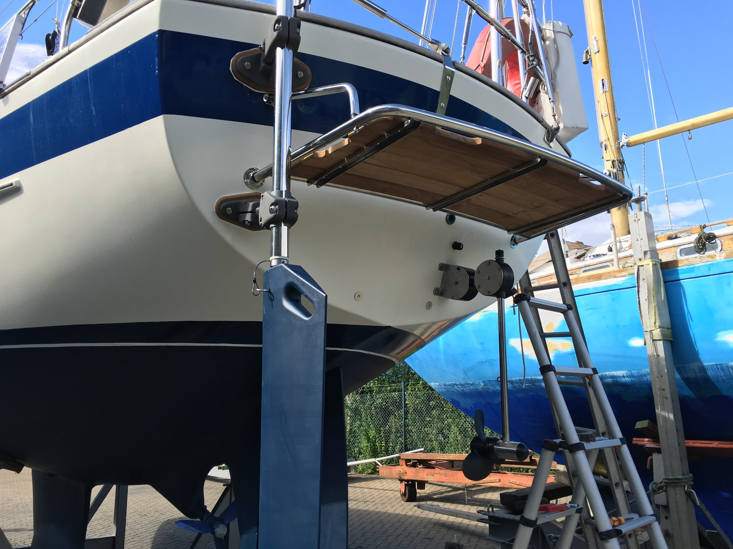 New  bathing platform  07-2016  New  Hydrovane  07-2016  New  Hydro-Generator  07-2016  Check of Hull and new layers of paint