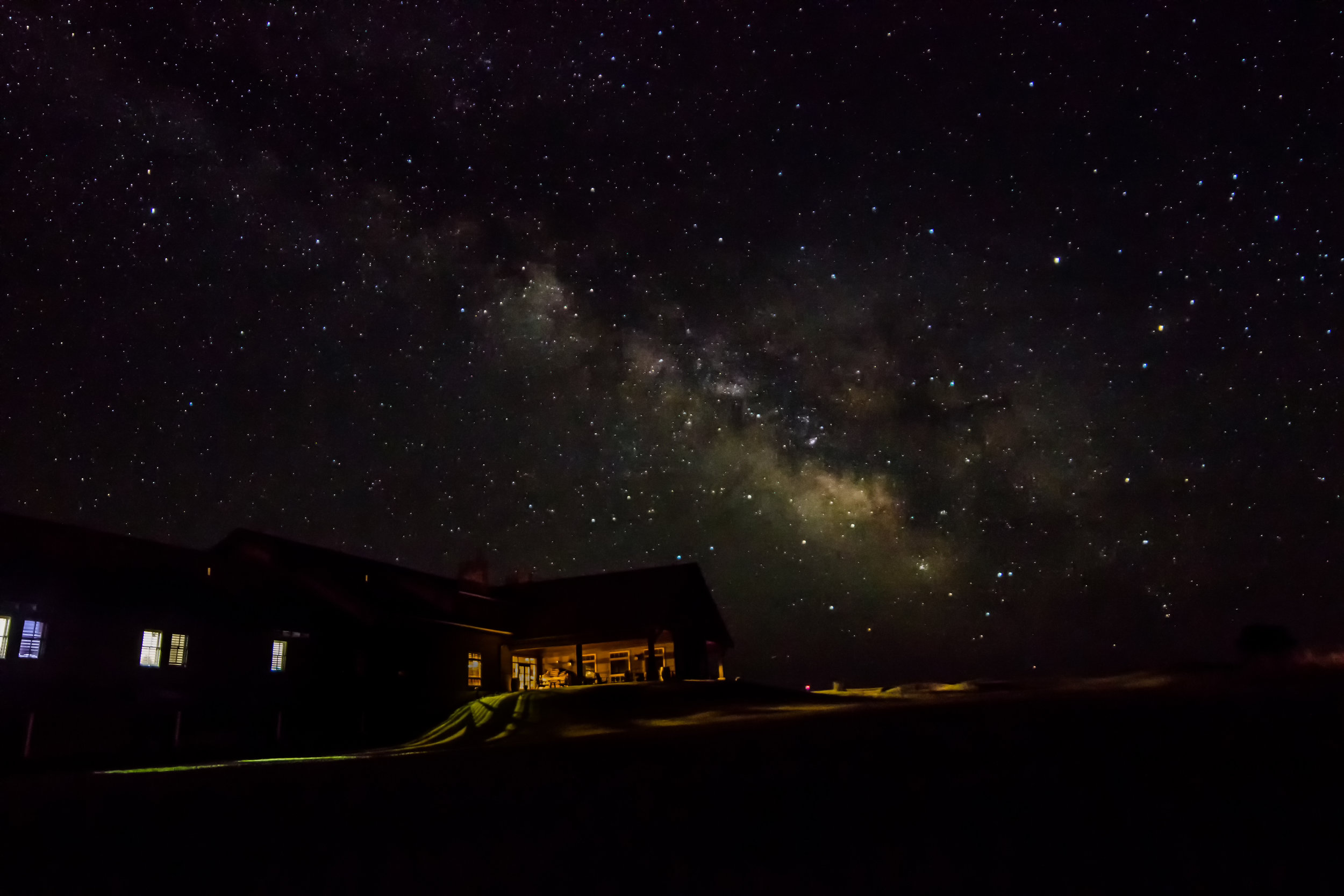 lodge-night-day-1507.jpg