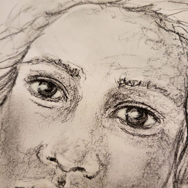 There is something so special about the reflection of light in the #eyes. It's what bring the eyes to life in any drawing or painting. . . Quick #sketch with #charcoal before a 7 mile run at the gym. I definitely need to pick up a white soft pastel soon so I can play with creating better highlights! . . #practice #processoverproduct #portraiture #portrait #blending #creativeplay