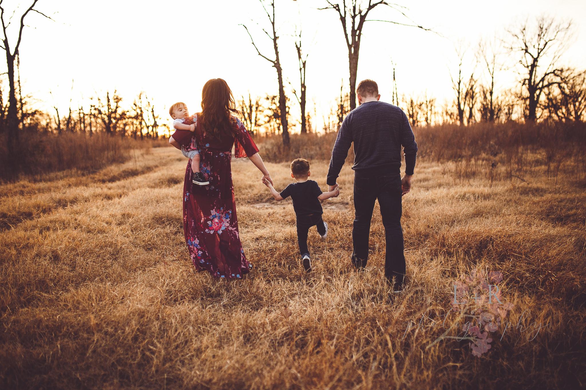 Whellus Family -13.jpg