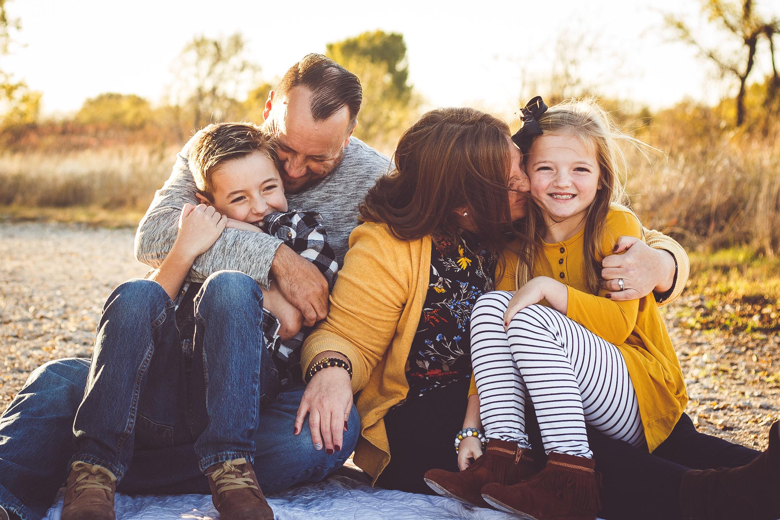 tutskey family-1.jpg