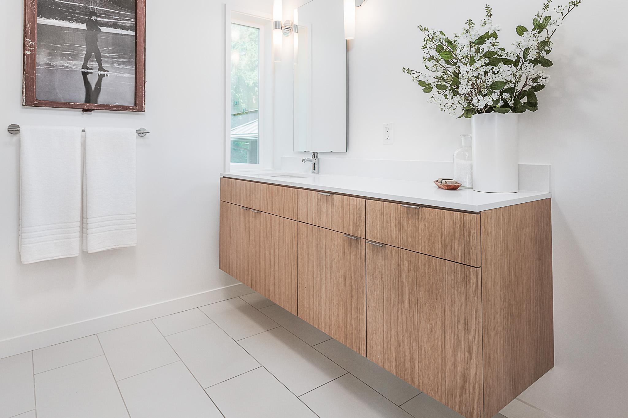 Creative Custom Bathroom Vanity