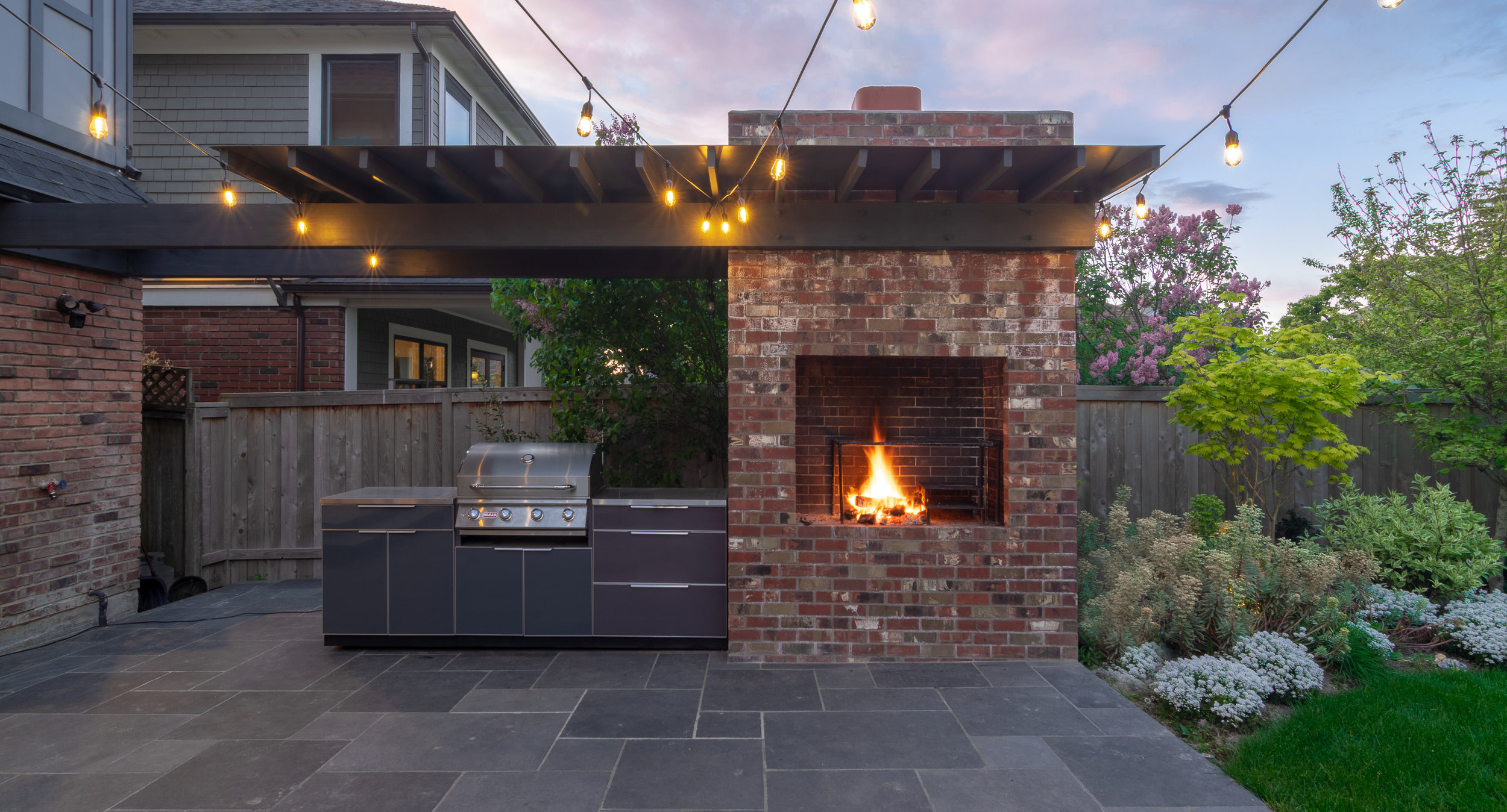 Modern Brick BBQ