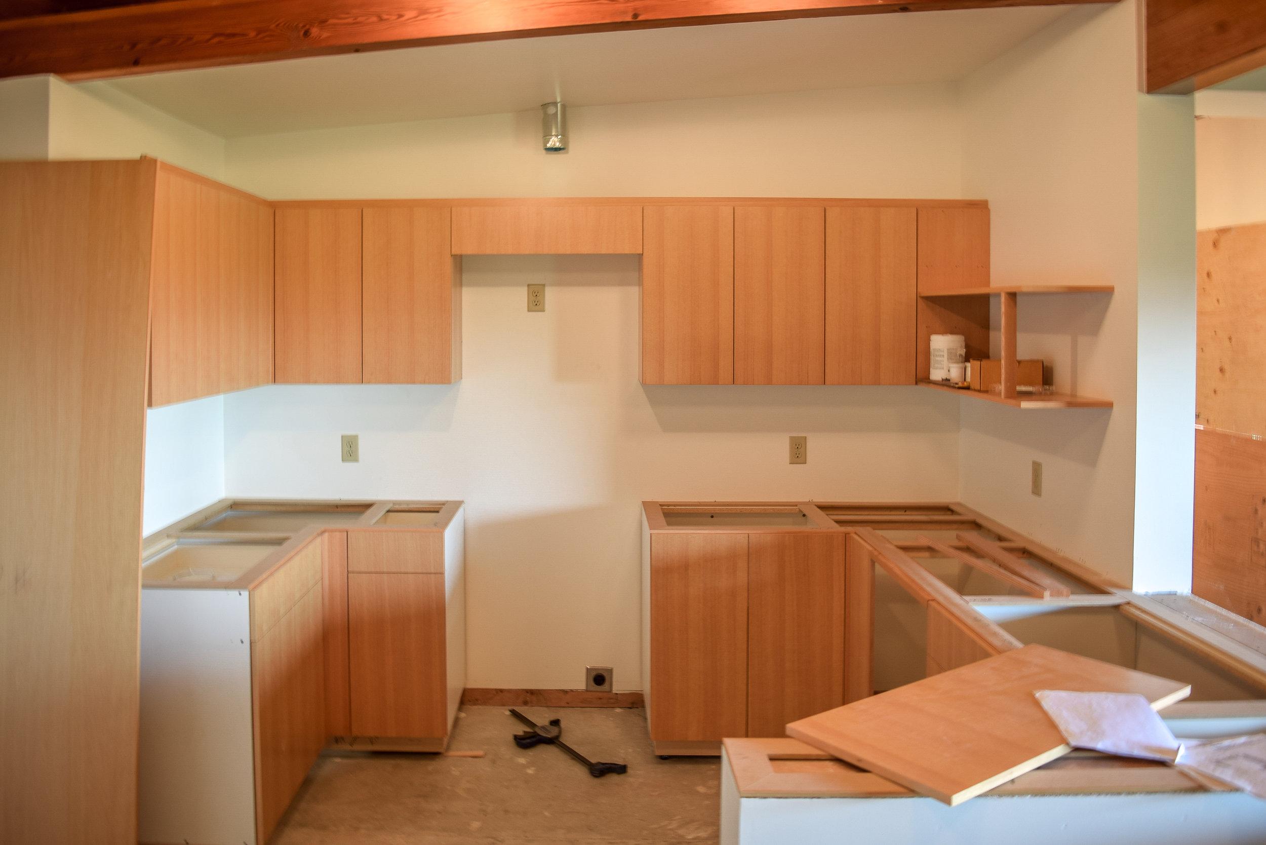 Yakima Winery Airbnb Kitchen.jpg