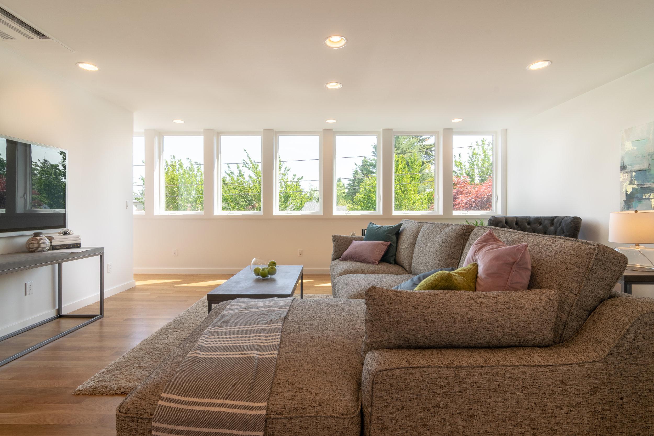 Ravenna Garden House Upstairs Lounge