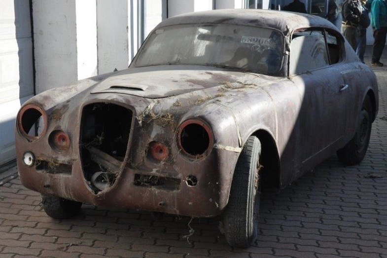 The perfect donor car in desparate need of rescuing