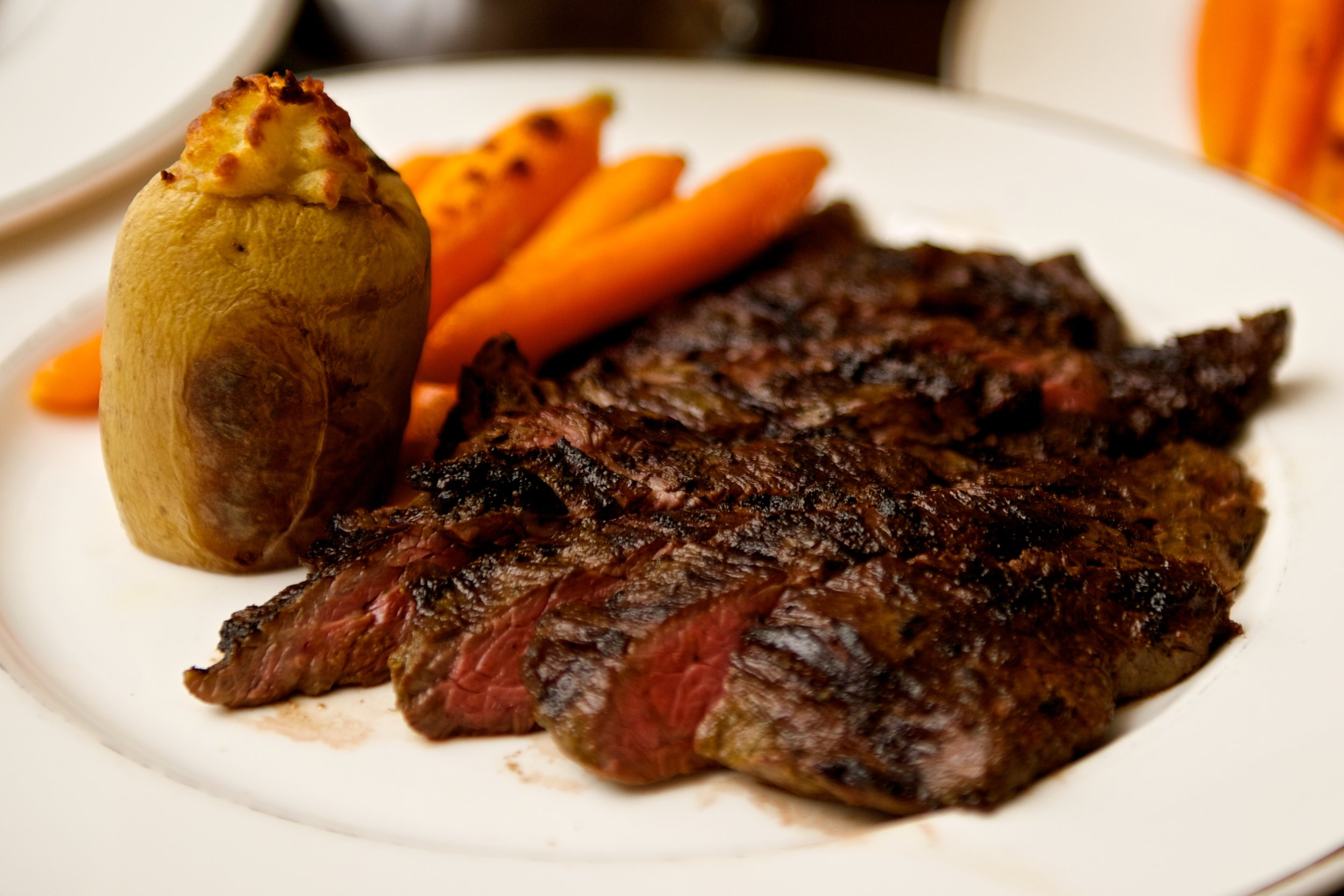 wedding-food-steak-potato-julia-kramer.jpg